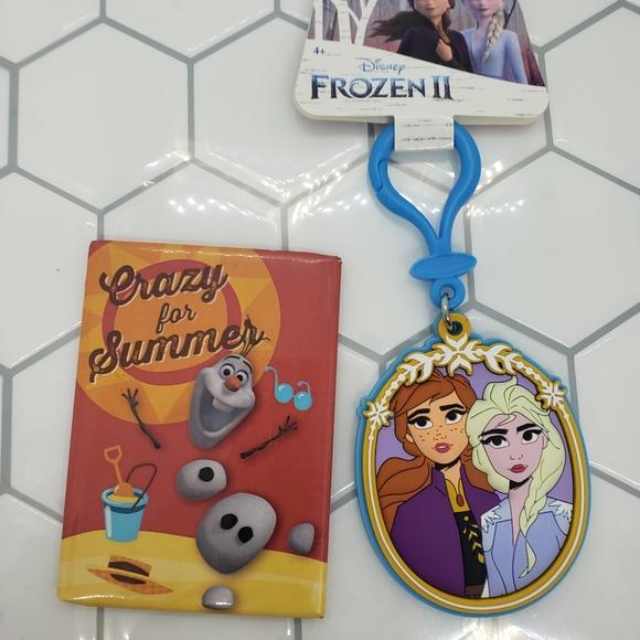 Disney Frozen keychain clip on magnet set Olaf nwt